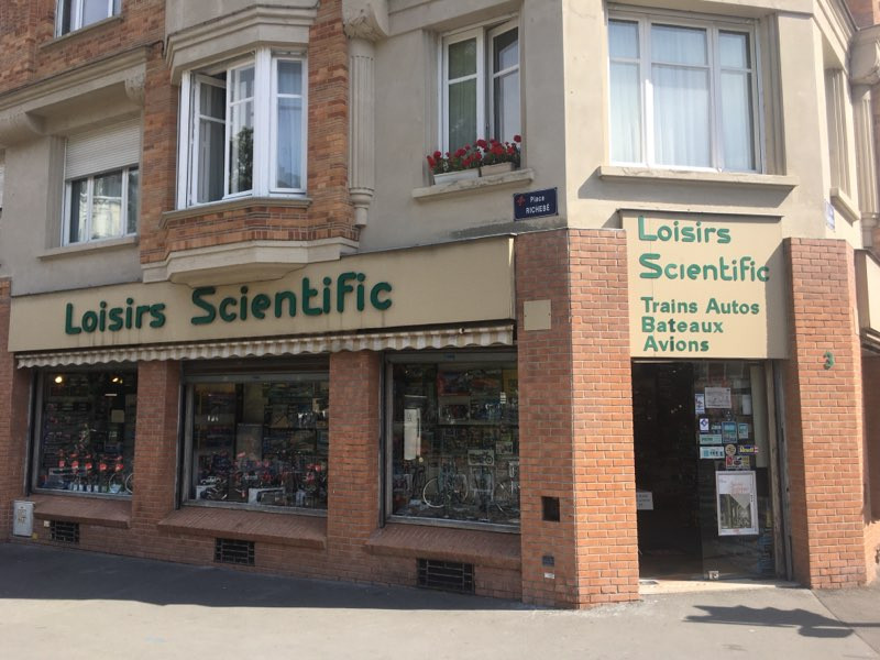 Magasin Loisirs Scientific Lille